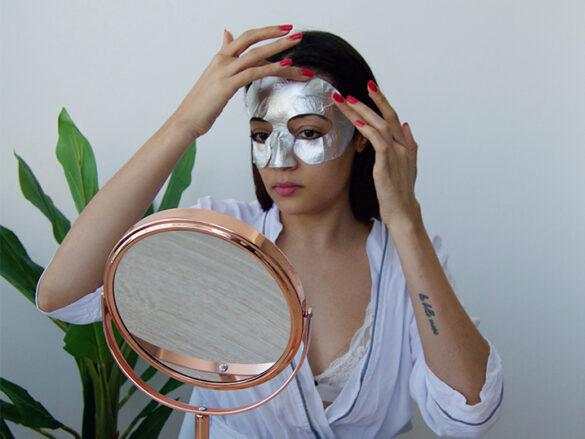 Liquid foil face mask
